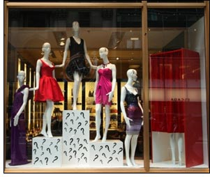 Fashion retail window displays 7