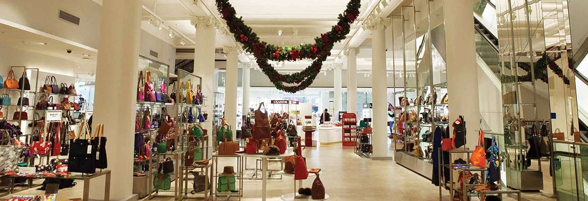 Mall owners woo retailers with irresistible offers in sluggish market