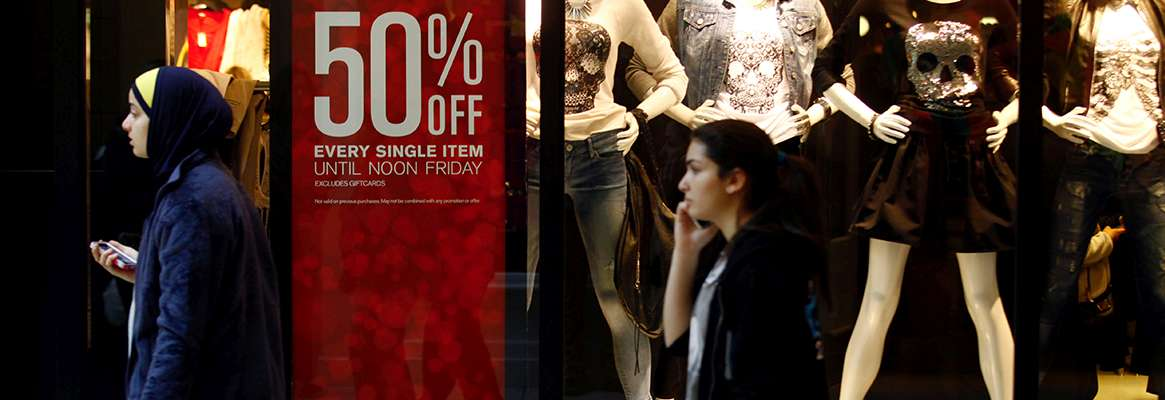 """At First Look, Impact of Sandy """"Modest"""" on US Retail Sales"""