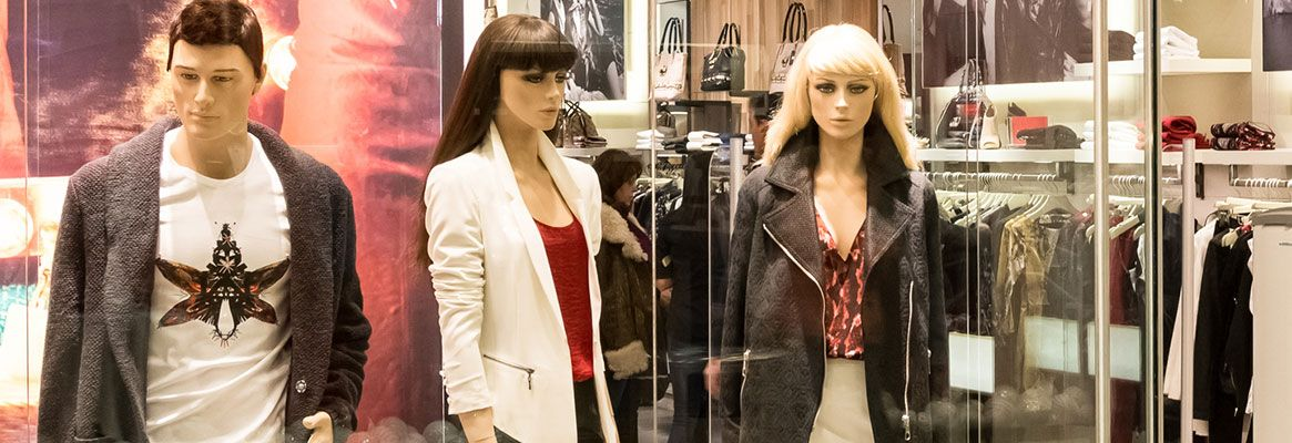 Garments displayed on mannequins sell 43% faster