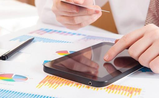 Reading market pulse with mobile retail analytics